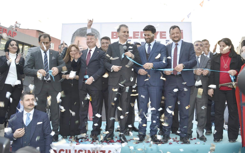 Çelik, Fikret Yeni'nin seçim ofisi açılışını yaptı