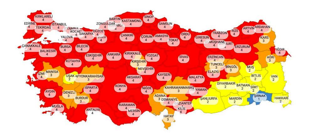 Türkiye kırmızıya büründü