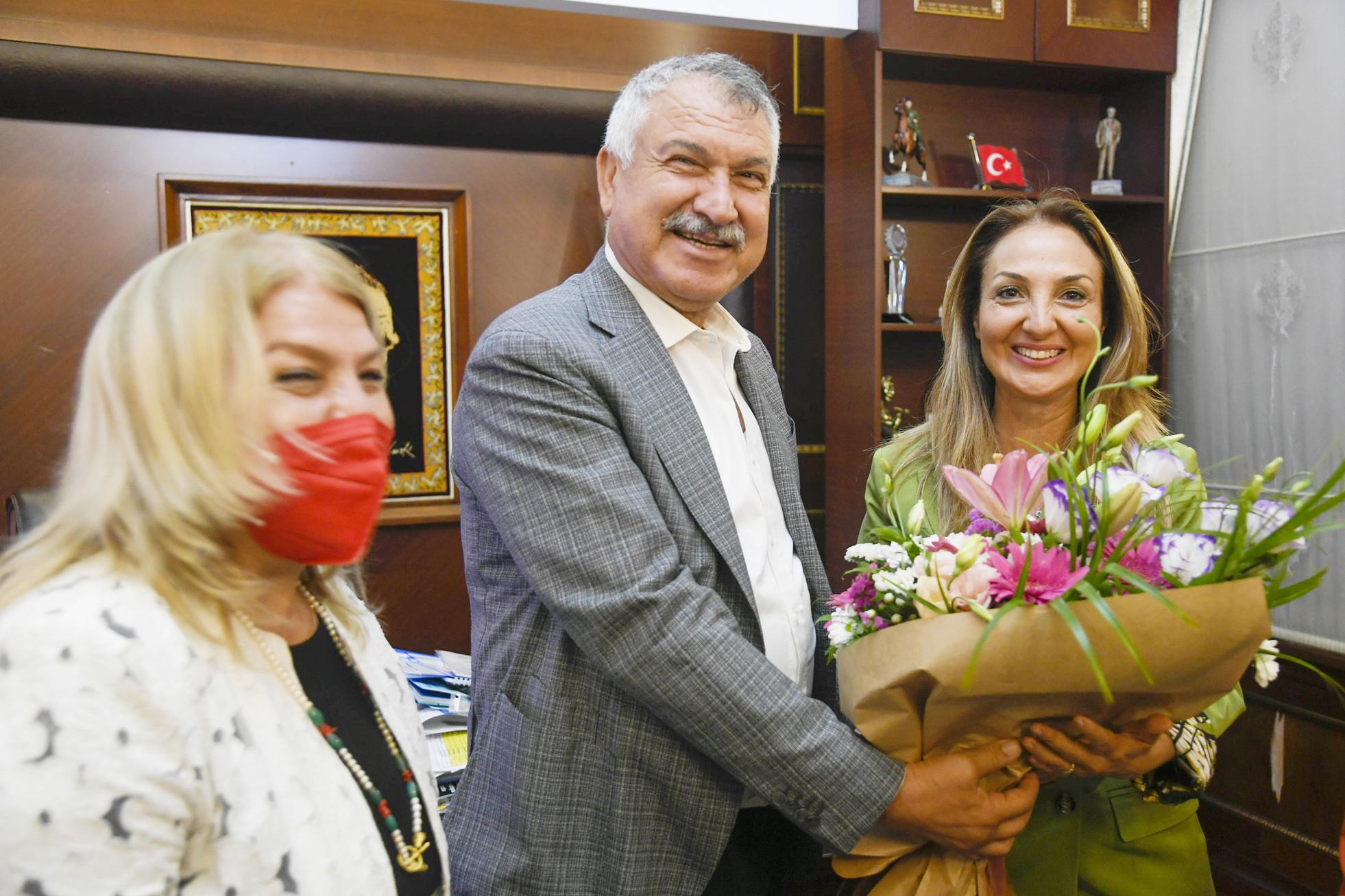 CHP'li kadınlardan Karalar'a ziyaret