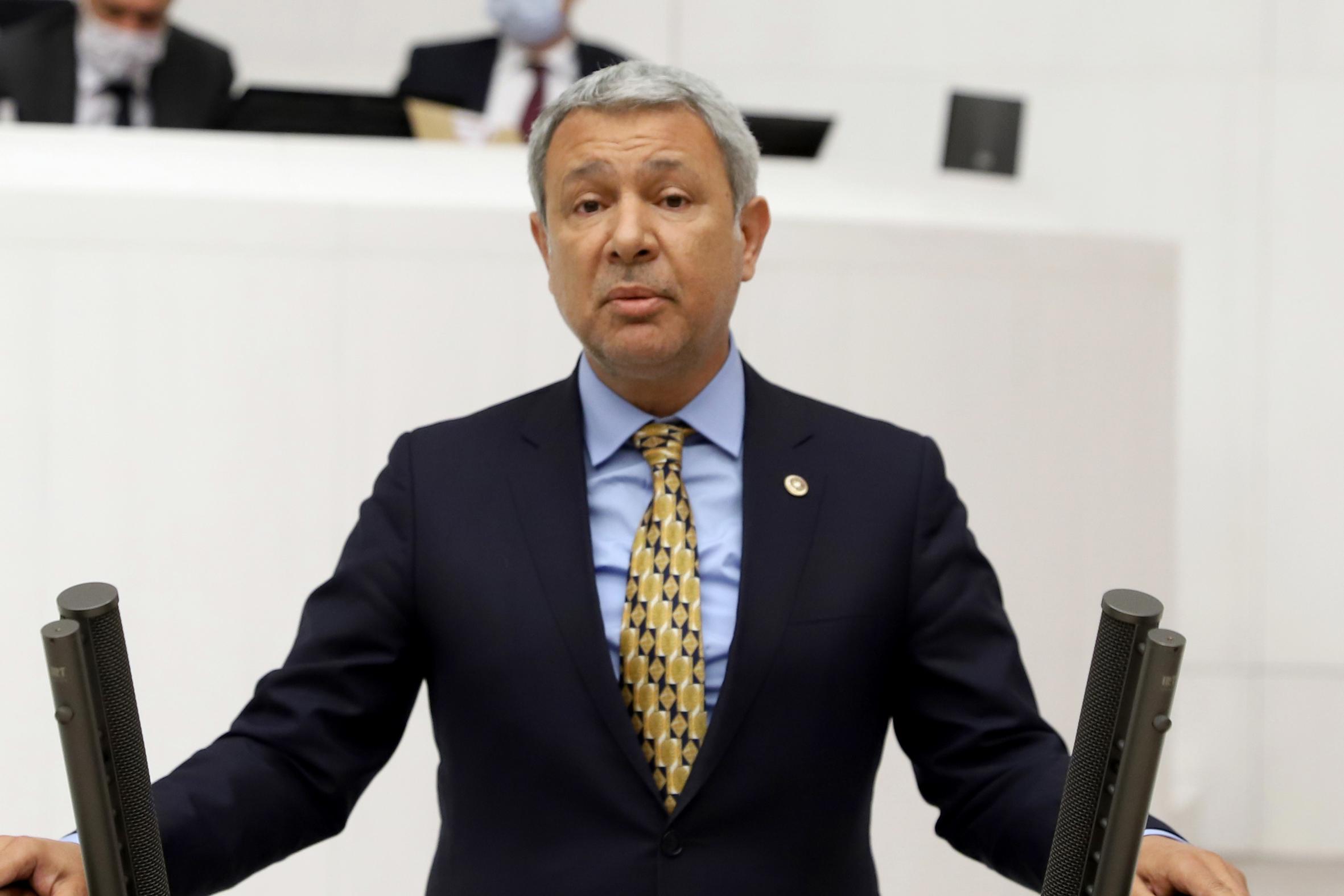 'AKP iktidarı kendi gençliğini sokağa bırakmıştır'