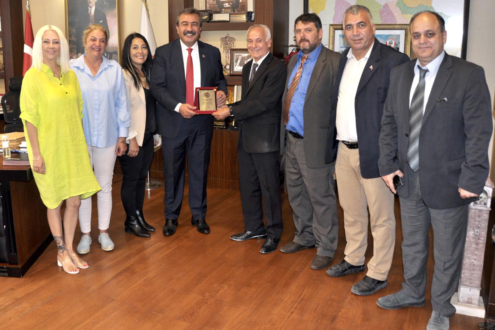 Adana Lobisi'nden Soner Çetin'e teşekkür